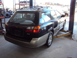 2001 SUBARU LEGACY OUTBACK STATION WAGON 2.5L NON TURBO AT AWD COLOR BLUE STK # U11006
