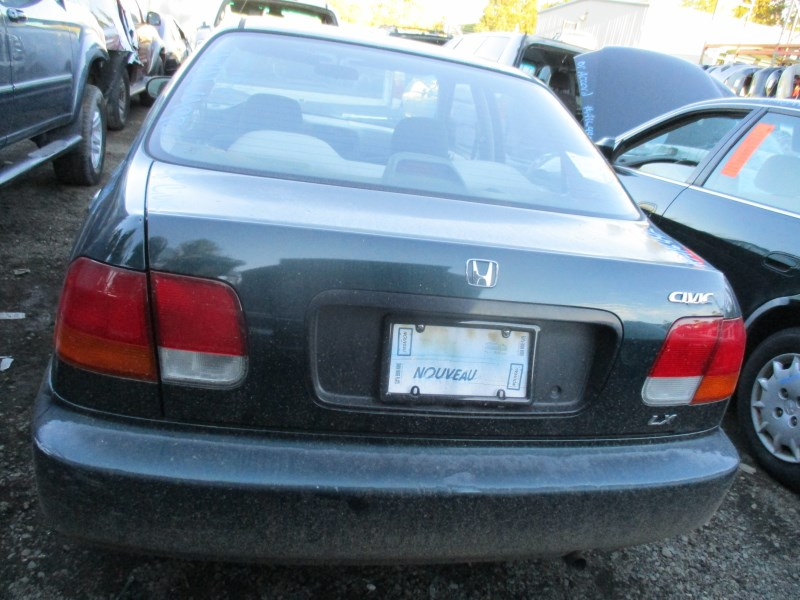 1998 honda civic lx 4dr green 1 6l at a16492 rancho honda acura recycling. Black Bedroom Furniture Sets. Home Design Ideas